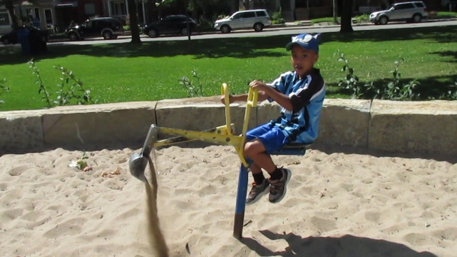 Cool! A sand machine digger!