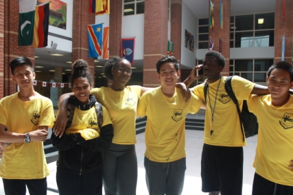 From Left to Right: Geoffrey Wang(Libermann), Niya Husbands(Vanier), Yasmine Vertilus(SMT), Nicholas Tseng(Neil), Jordan Patrick(SMT), Bryan Palmero(Vanier)