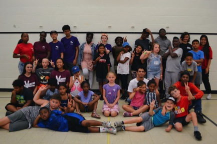Group photo of all the campers and staff.